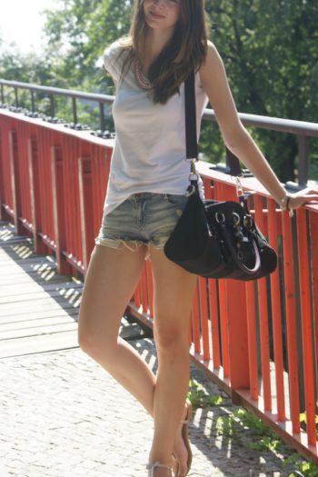 4 Days 4 Ways: How to wear Denim Shorts #1