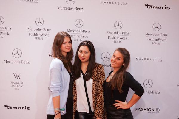 Jacky mit Tamara und Vanessa von Maranessa