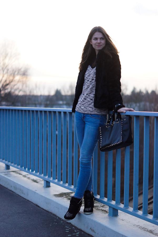 Asos Sweater mit Chiffoneinsätzen