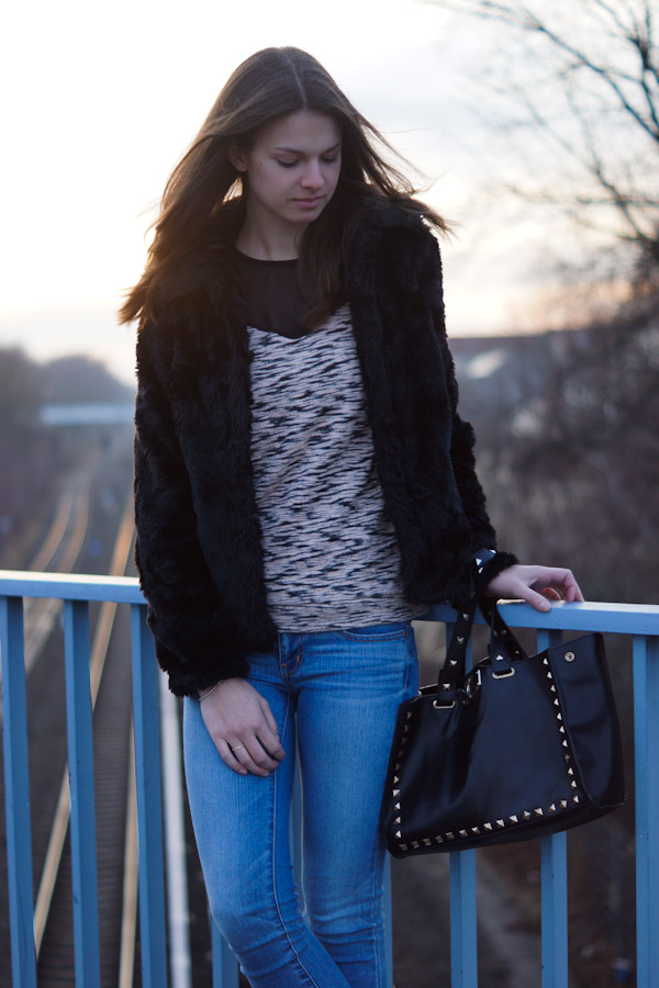 studded Oasap Bag