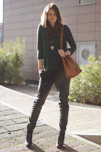 4 Days 4 Ways: Wie trägt man eine Baggyhose in Lederoptik #3