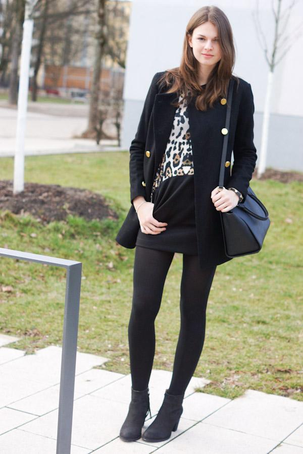 schwarzes outfit mit leo details