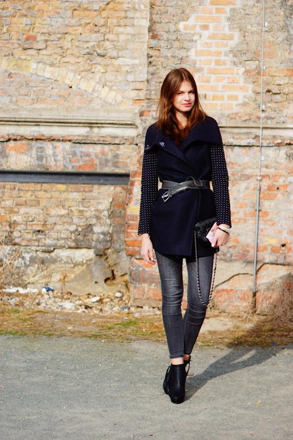 grey Zara Jeans