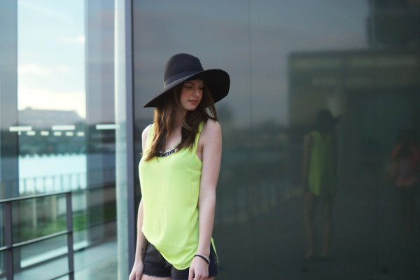 neonfarbenes top von Pepe Jeans SS 2014