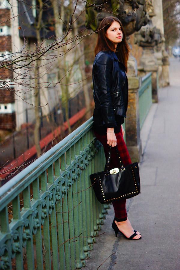 studded Oasap Bag