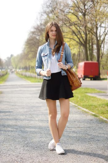 4 Days 4 Ways: How to wear a Denim Jacket #3