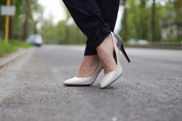 zweifarbige High Heels