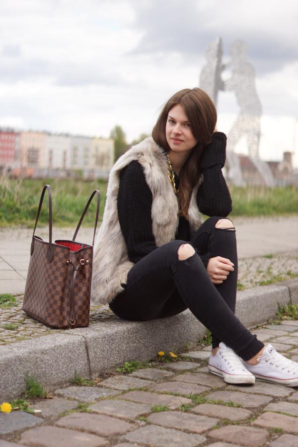 Übergroßer Zara Pullover