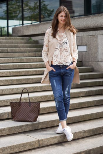 4 Days 4 Ways: How to wear a Sleeveless Trench #4