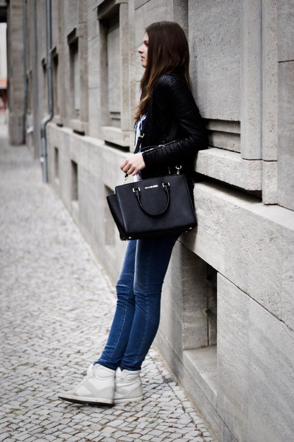 shaped blue jeans