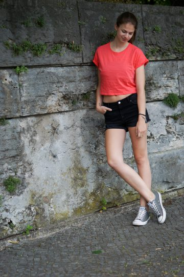 Sportlicher Crop Top Look