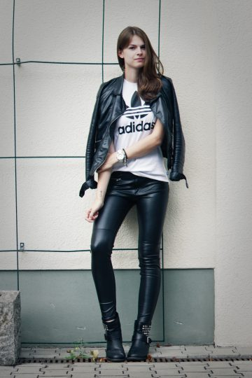 4 Days 4 Ways: How to wear Leather Pants #1
