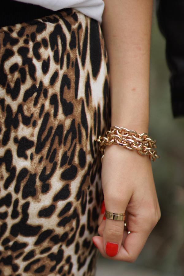 Necklace worn as Bracelet