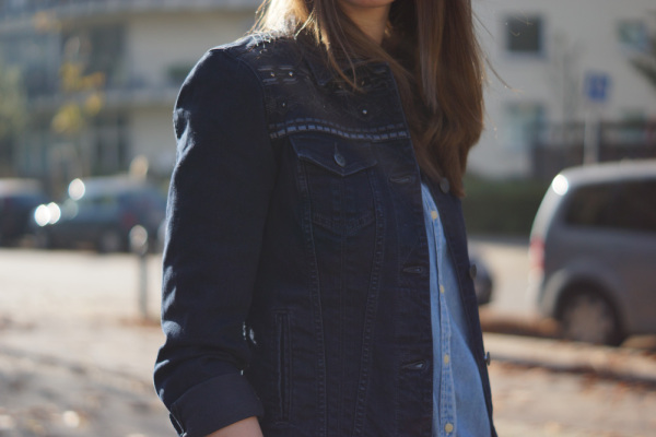 How to wear denim