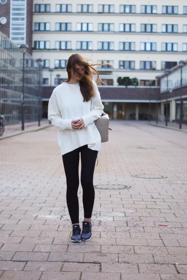 Schwarz-Weiß Outfit
