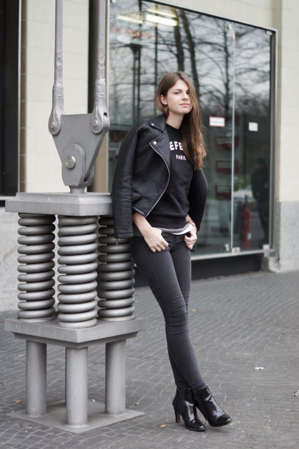 Schwarz-Graues outfit