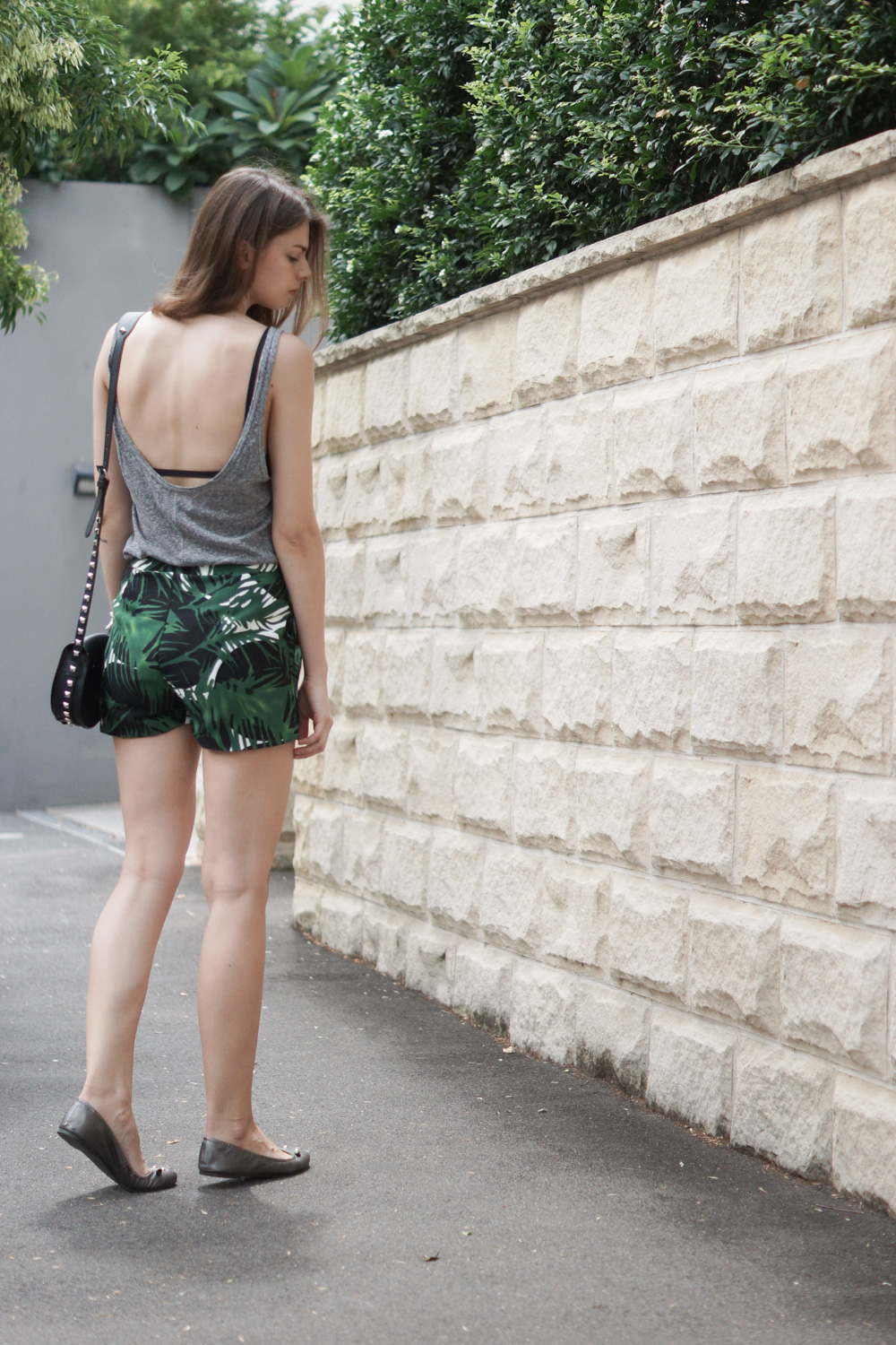 Shorts mit Palmenprint