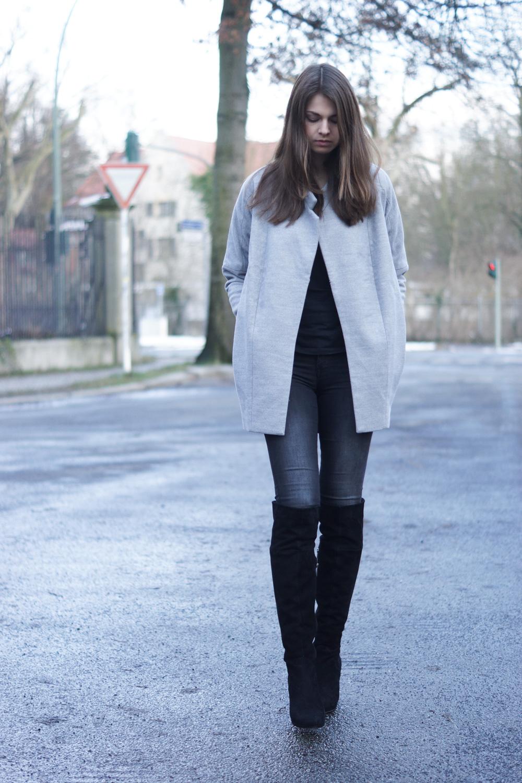 the fifth LABEL coat