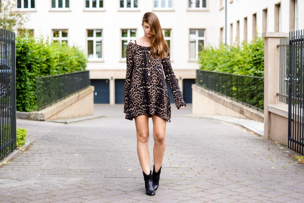 Leopard Print Kleid