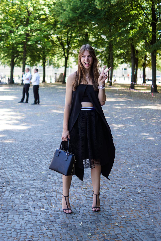 fashion week berlin outfit. Black Bedroom Furniture Sets. Home Design Ideas