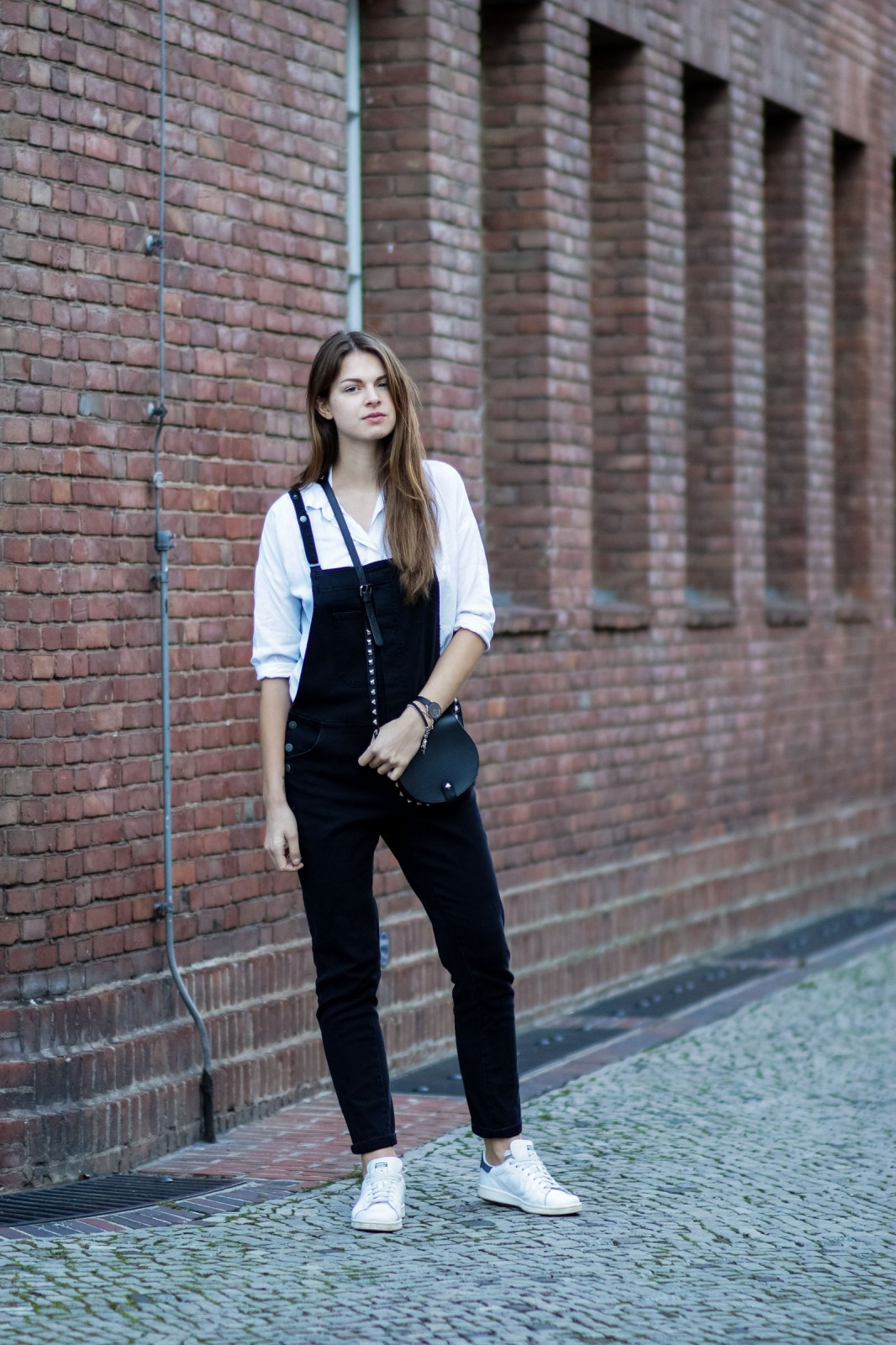 How to wear an overall