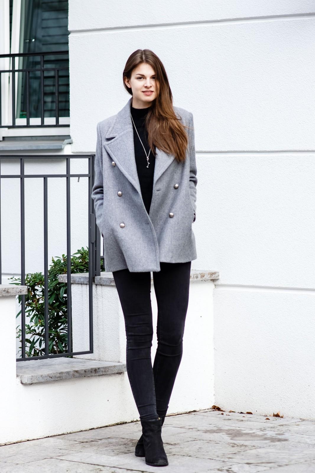 Oversized Mantel