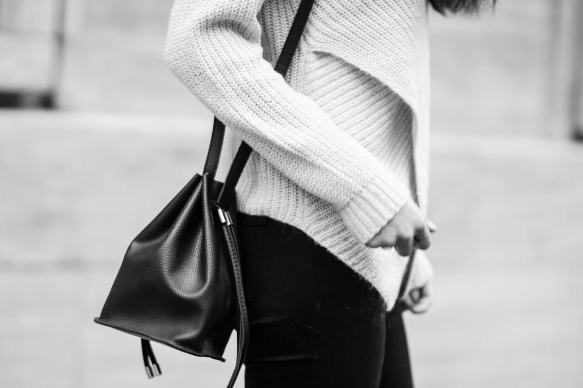 Black Sachet Bag