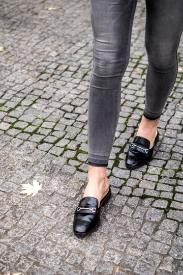 How to wear Mule Sandals