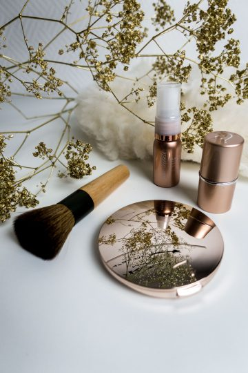 Simple Christmas Make-Up Look with Jane Iredale