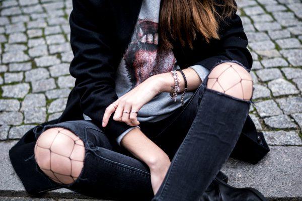 Fury sweatshirt from urbanik art fashion art brand for Boyfriend jeans mit netzstrumpfhose