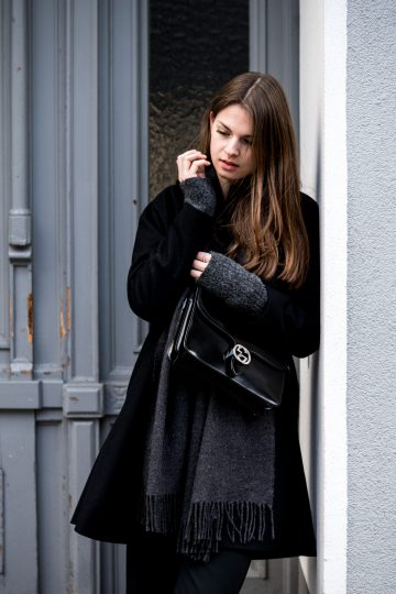 How to wear a black coat