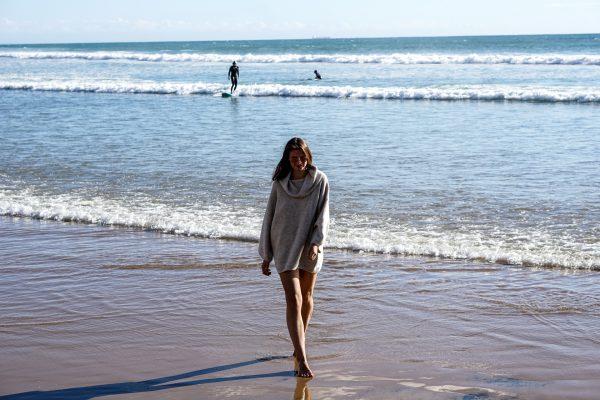 gemütlicher Pullover zum Überziehen nach dem Surfen