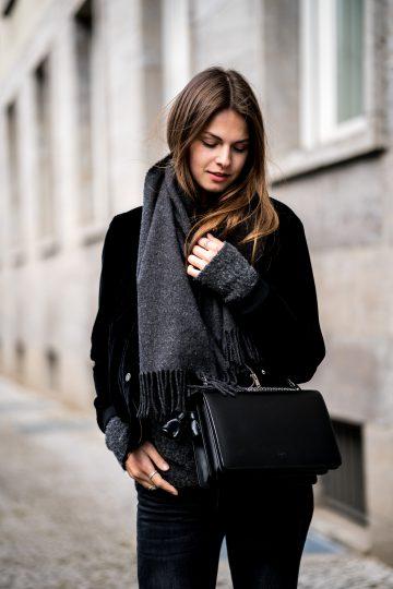 grey scarf Gina Tricot