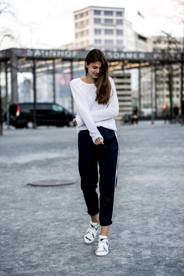 White Sweater, Blue Pants and White Sneakers