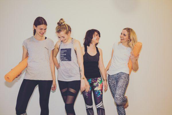 Blogger beim Yoga