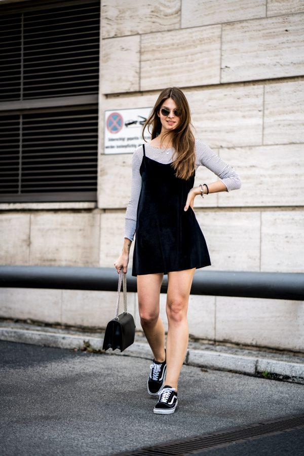 Subdued Kleid