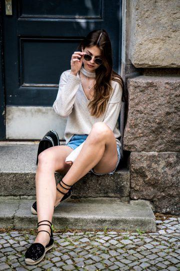 Two toned denim shorts
