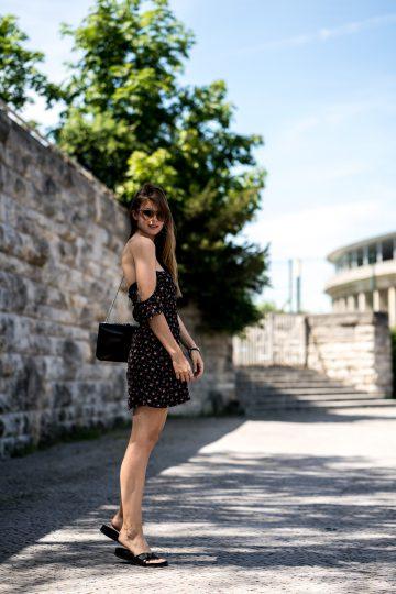 Off-Shoulder Kleid mit Blumenprint
