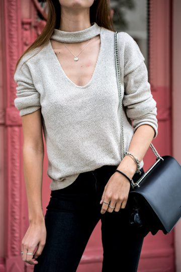 how to wear a V-Neck
