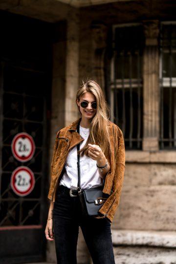 Wie trägt man eine schwarze Jeans