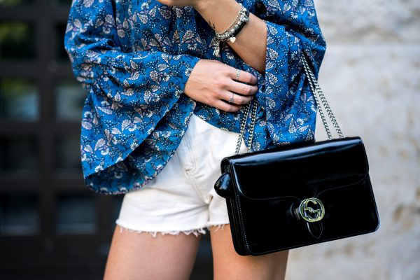 bag in licquor design