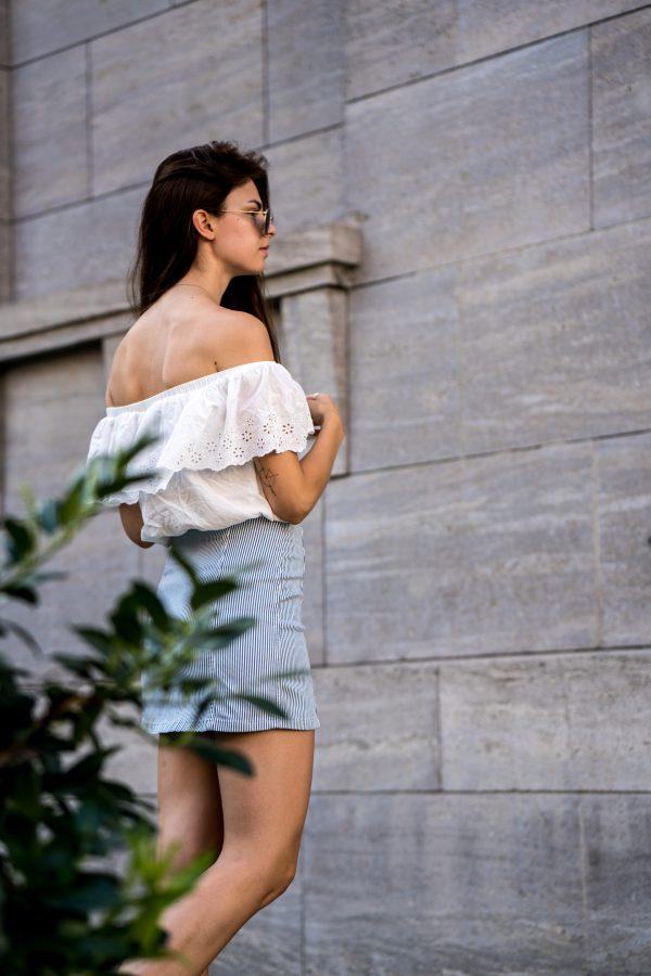 Whaelse_Fashionblog_Berlin_White_Off_Shoulder_Striped_Skirt-15