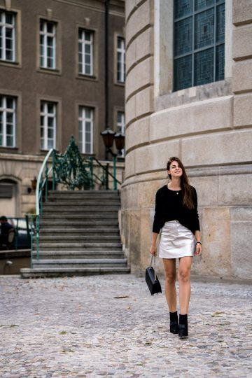 how to combine a silver skirt