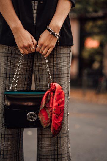 bag with neckerchief