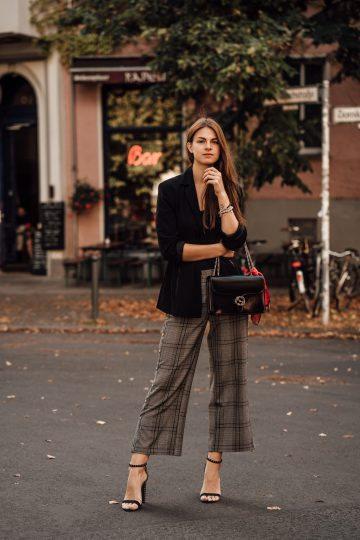 One piece, two trends: plaid button down pants