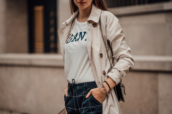 how to wear a Logo Tee