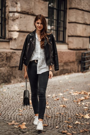 outfitidee f r frauen lederjacke und wei es shirt casual schickes outfit. Black Bedroom Furniture Sets. Home Design Ideas