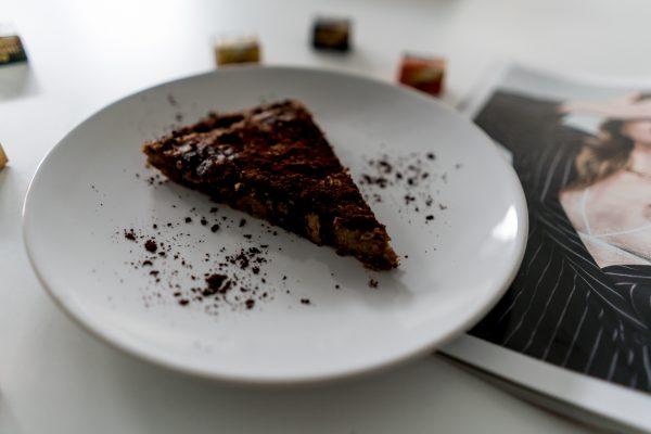 How to bake chocolate cake