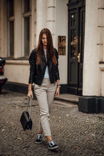 Wie trägt man eine Lederjacke