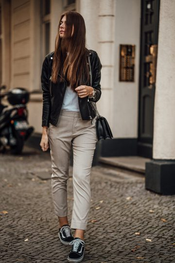 beige suit pants from Zara